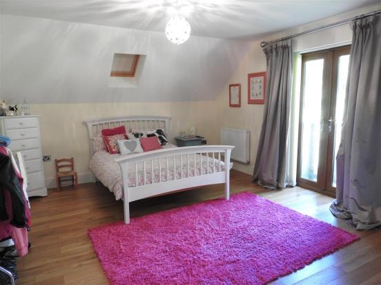 BEDROOM 2/ GUEST ROO