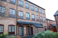 Ground Flat to rent in Vale Mills, Boyer Street...