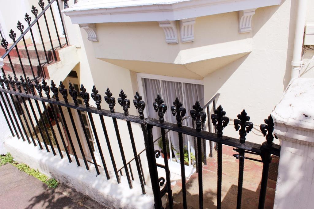 Entrance image1