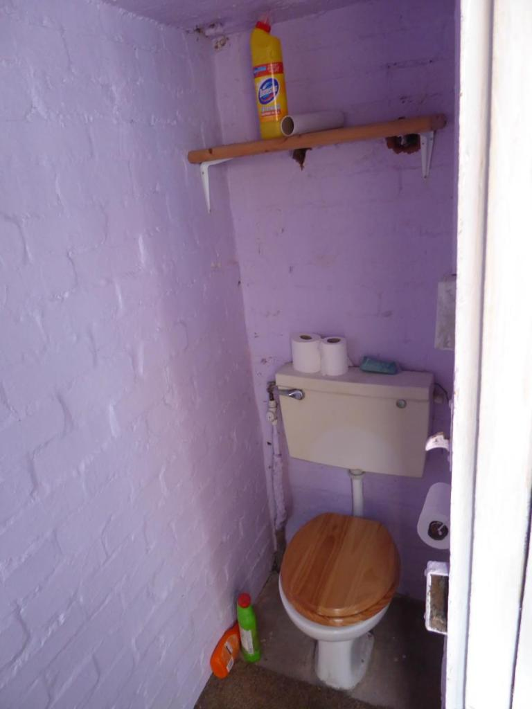 WC off utility room