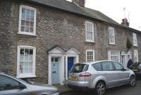 2 bedroom house to rent in Surrey Street, Arundel