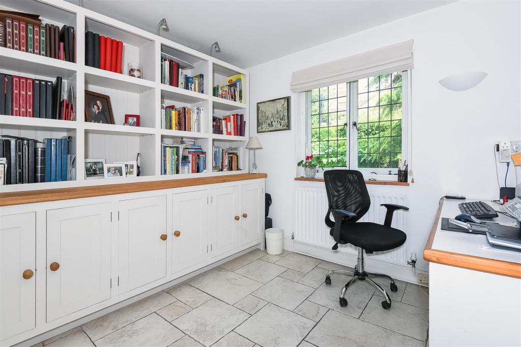 study-bedroom 3.jpg