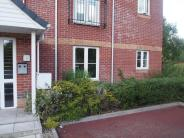 2 bedroom Flat to rent in Waterside Gardens...