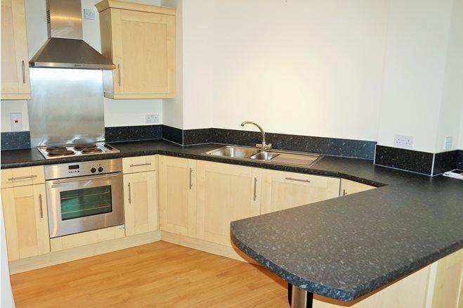 Westgate St-1bed-CF10 1AR-3