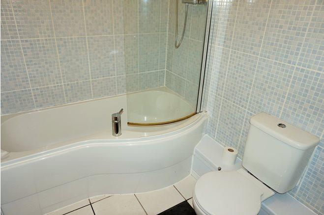 Westgate St-1bed-CF10 1AR-4