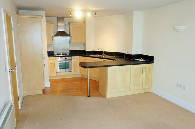 Westgate St-1bed-CF10 1AR-7