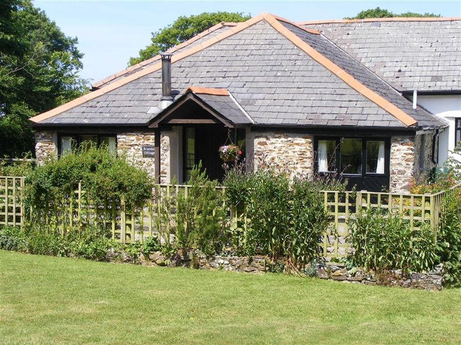 Properties For Sale In Whitstone Cornwall