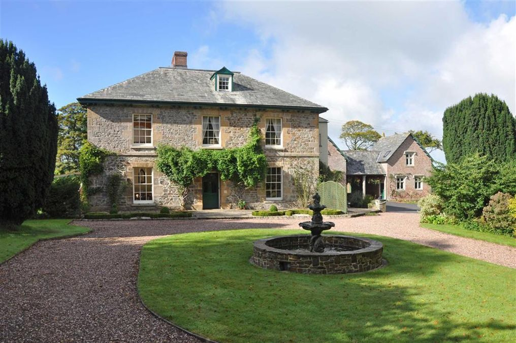 6 Bedroom Detached House For Sale In Devon Cornwall Border Holsworthy Devon Ex22 Ex22