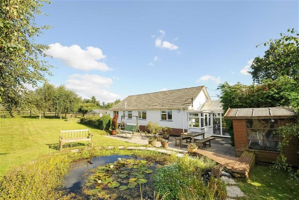 3 Bedroom Bungalow For Sale In Copplestone Crediton