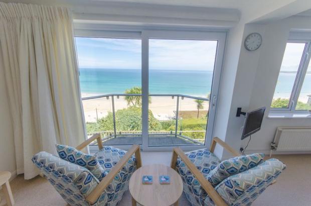 Lounge / View
