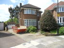 3 bedroom Detached house to rent in Hadley Close, London, N21