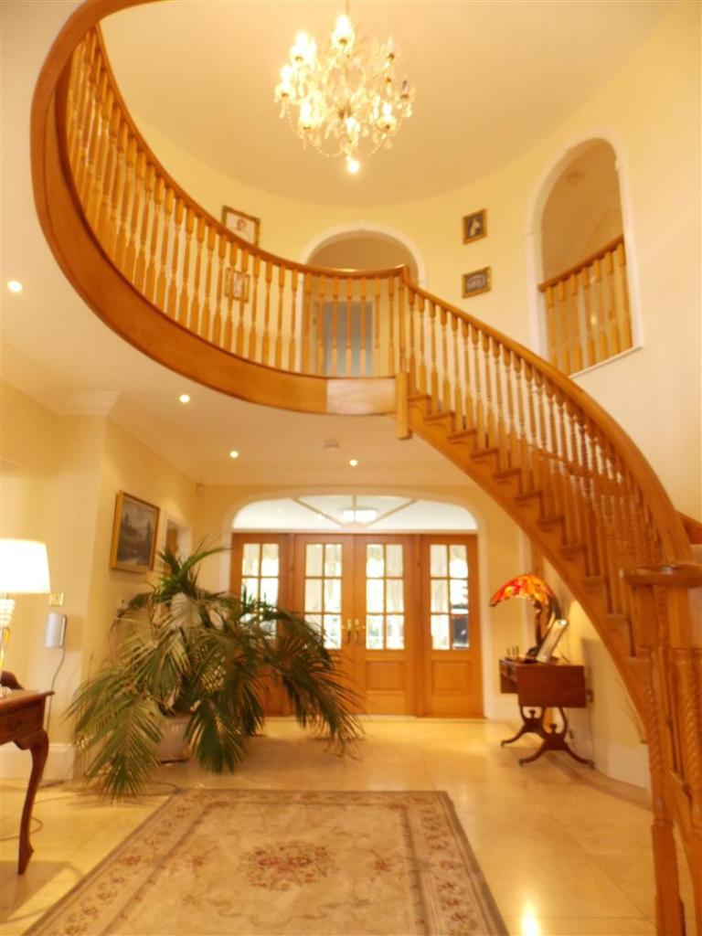 FANTASTIC STAIRCASE