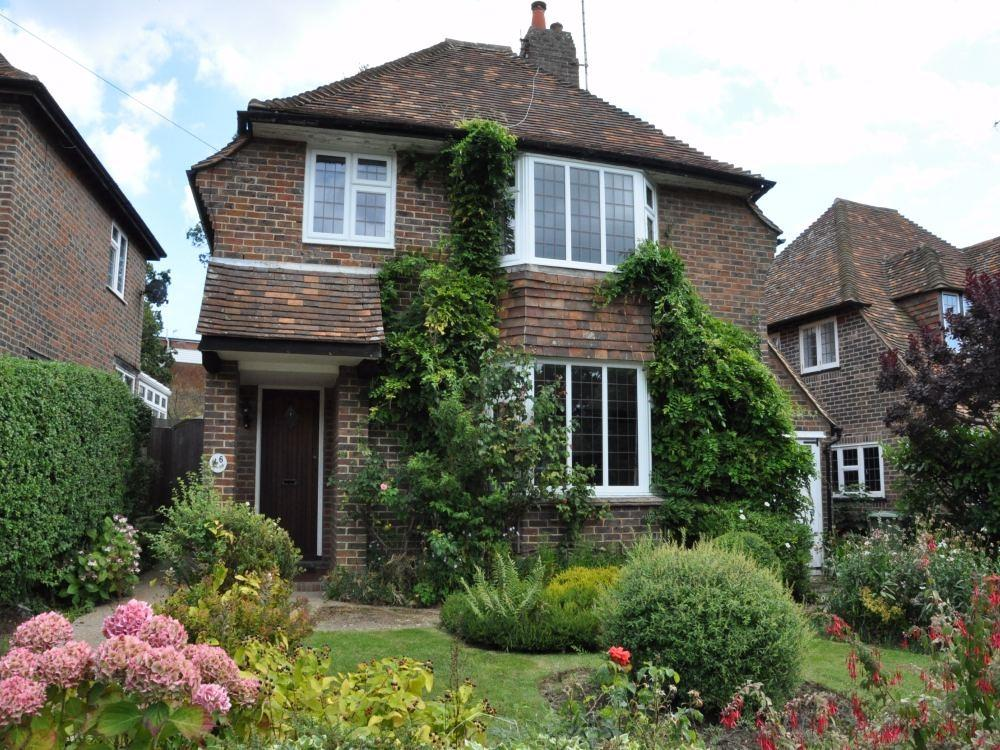 3 Bedroom Detached House For Sale In Walton Park Bexhill