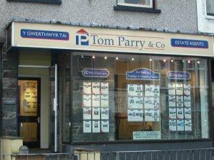 Tom Parry & Co, Porthmadogbranch details