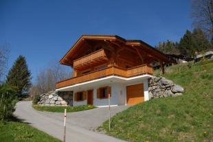 4 bedroom Chalet for sale in Vaud, Gryon