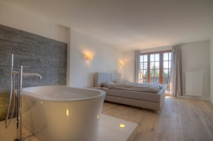 2 bed Apartment for sale in Vaud, Villars