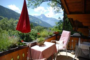 2 bedroom Chalet for sale in Vaud, Gryon
