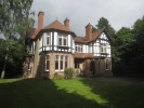 6 bedroom Detached house for sale in South Downs Road, Hale...