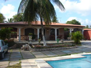 3 bed house for sale in Fortaleza