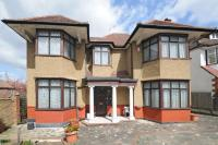 5 bedroom Detached house for sale in Hendon Avenue...