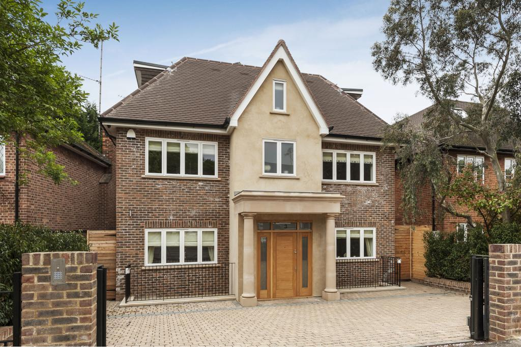 6 bedroom detached house for sale in parklands drive for Six bedroom house for sale