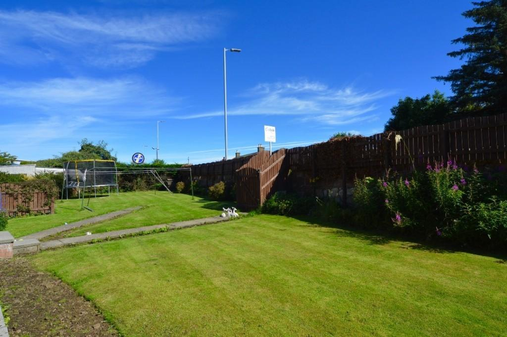 6 bedroom detached bungalow for sale in shawfield avenue for 17 eglinton terrace ayr