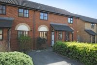 Terraced property to rent in Columbus Gardens...