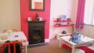 2 bed Ground Flat in Lea Bridge Road, London...
