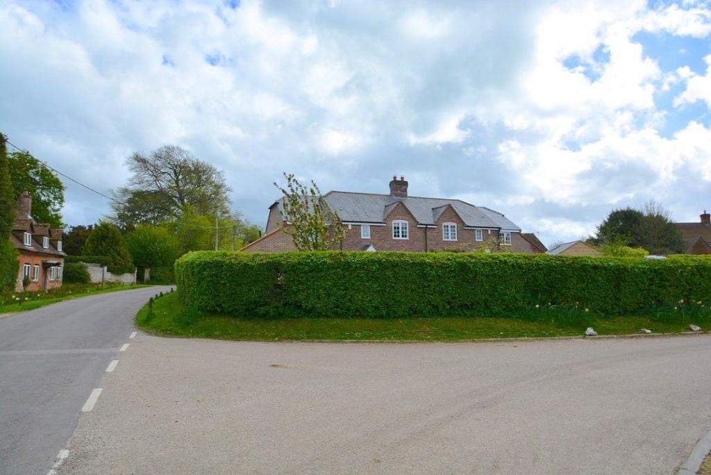 4 bedroom house to rent in Hannington, Hampshire, RG26 5TZ, RG26