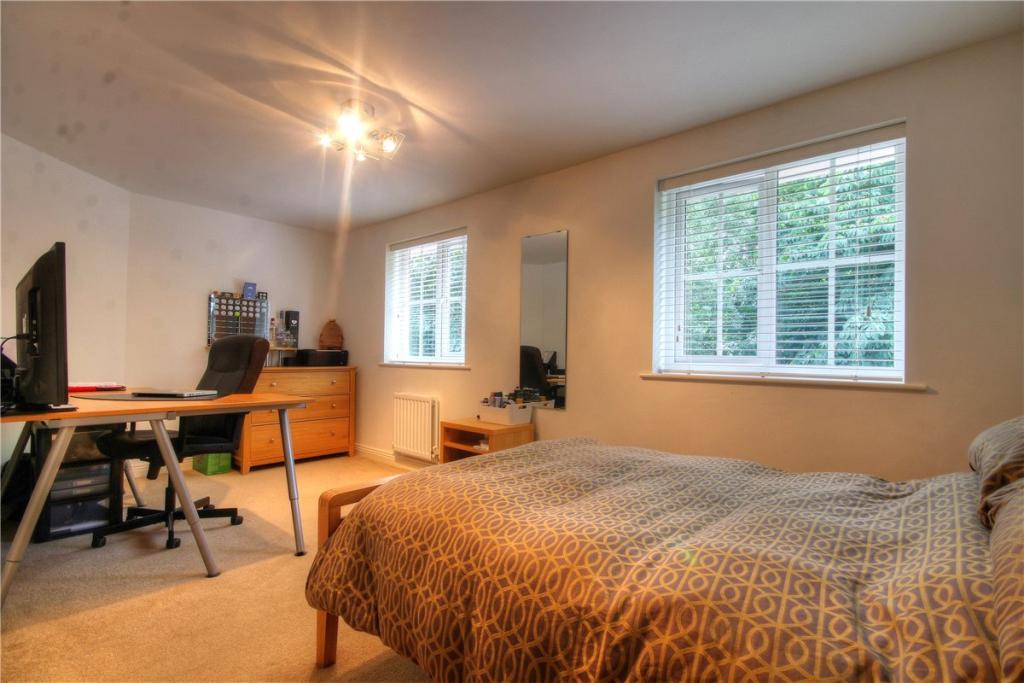 Bedroom 4B