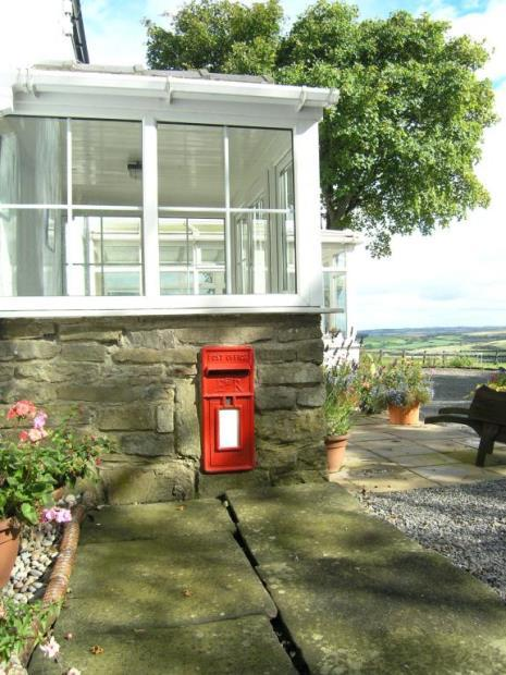 Post Box & View