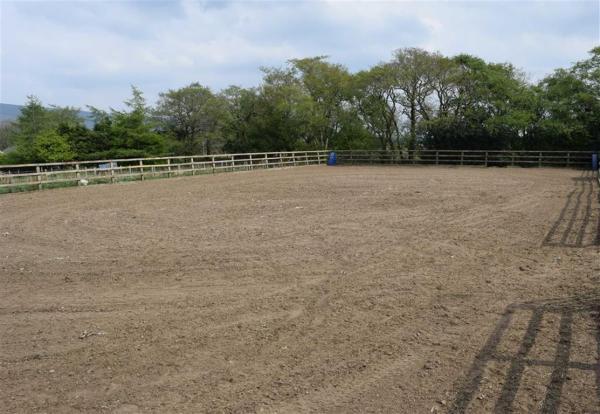 Sand paddock