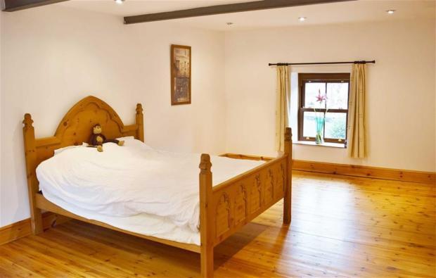 Master Bedroom 2nd V