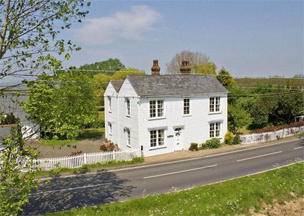 4 Bedroom Detached House For Sale In Maldon Road Bradwell On Sea Essex Cm0 7hy Cm0