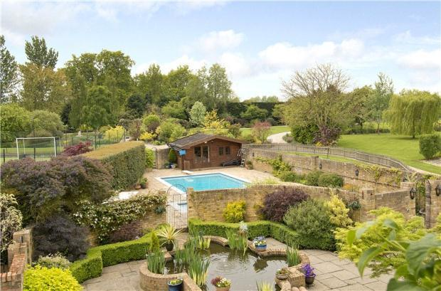 6 bedroom detached house for sale in great leighs chelmsford essex cm3 1pp cm3 for Braintree freeport swimming pool