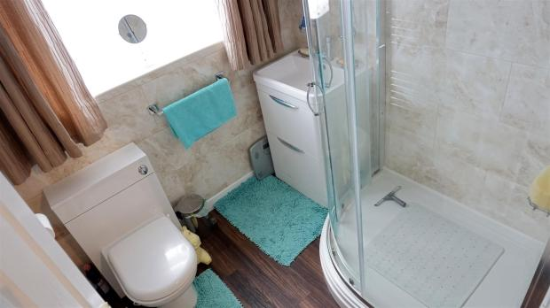 FULLY FITTED BATHROO