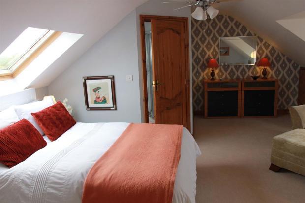 bed 3 1.jpg