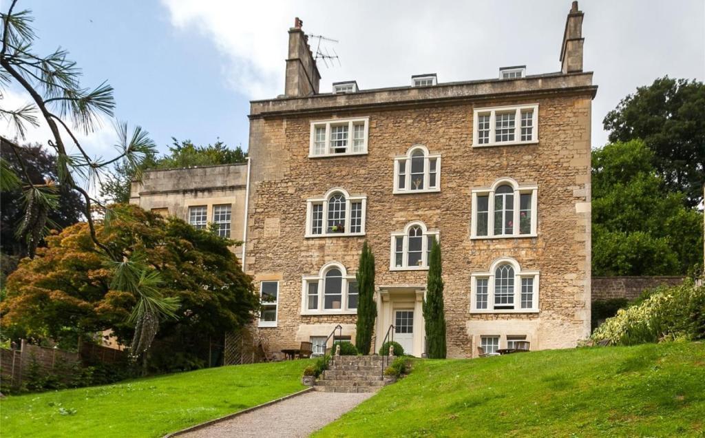Lyncombe Hall