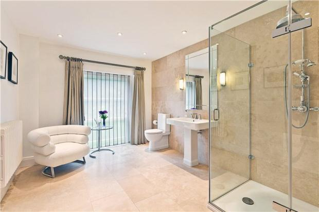 7 Bedroom Detached House For Sale In Kings Mill Lane