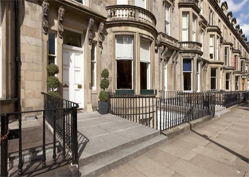 4 bedroom flat for sale in 17 learmonth terrace edinburgh