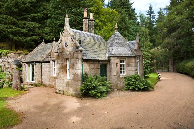 12 Bedroom House For Sale In Candacraig House Strathdon