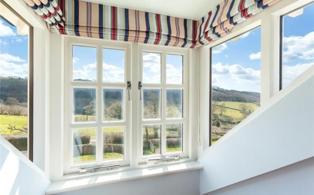 Roncombe Views