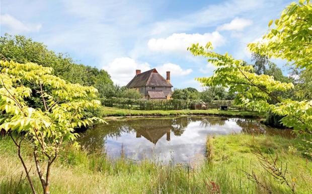 Froggats Cottage