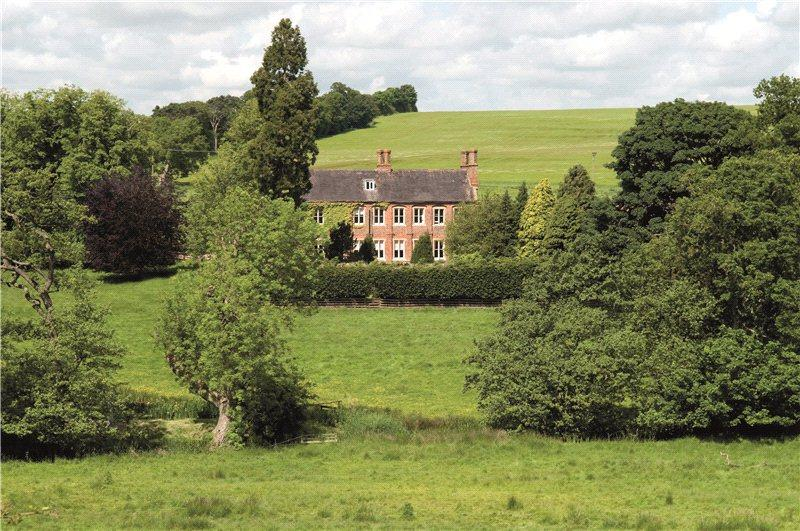 4 Bedroom Equestrian Facility For Sale In Grimblethorpe