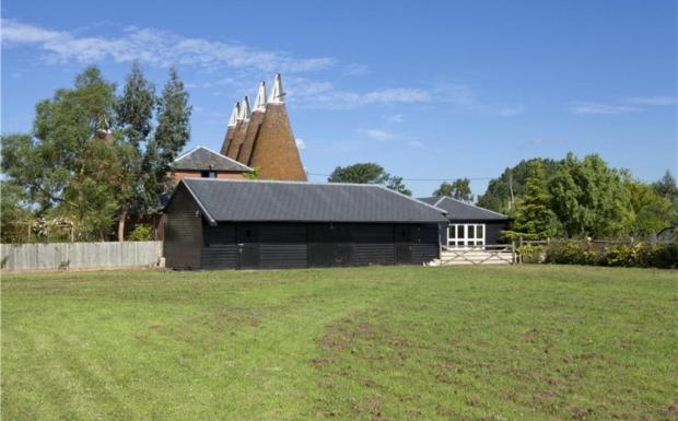Field & Outbuilding