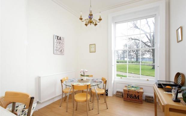 Breakfastr Room