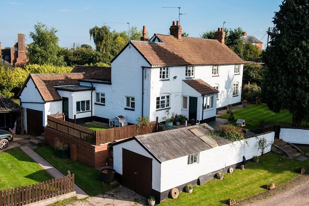 5 Bedroom Farm House For Sale In Moseley Road Hallow