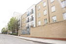 1 bed Apartment to rent in Windmill Lane, London...