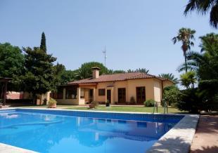 4 bedroom Detached Villa for sale in Chiclana de la Frontera...