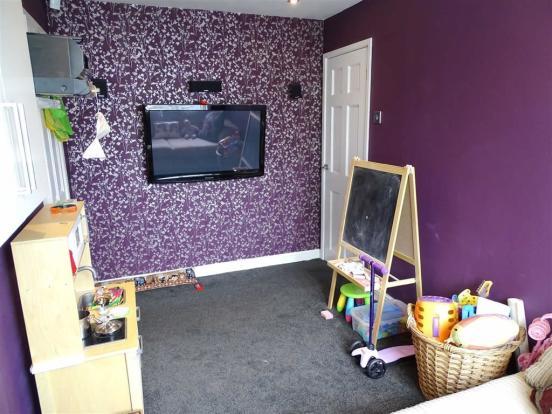 Tv/Play Room
